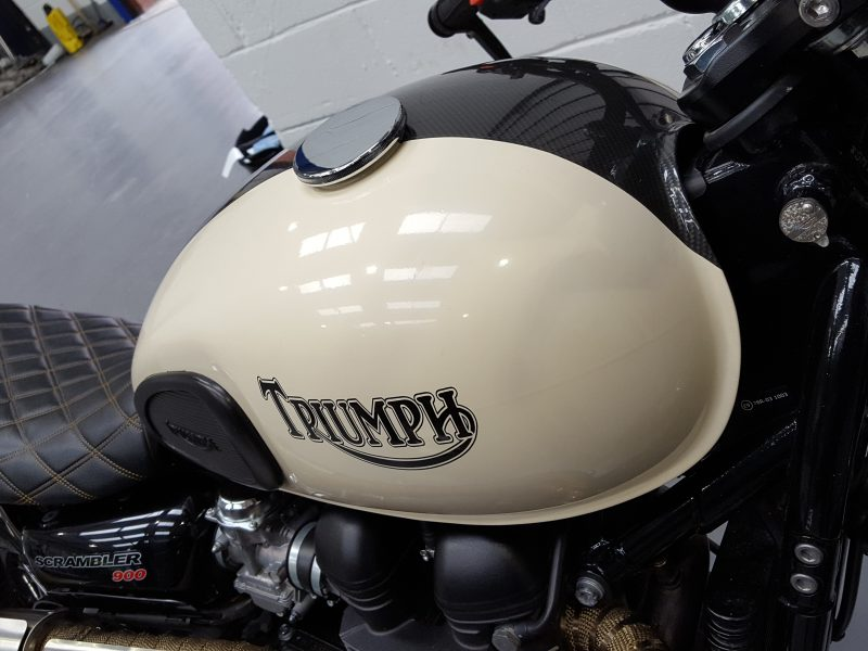Triumph Scrambler – Fuel Tank & Mud Guards