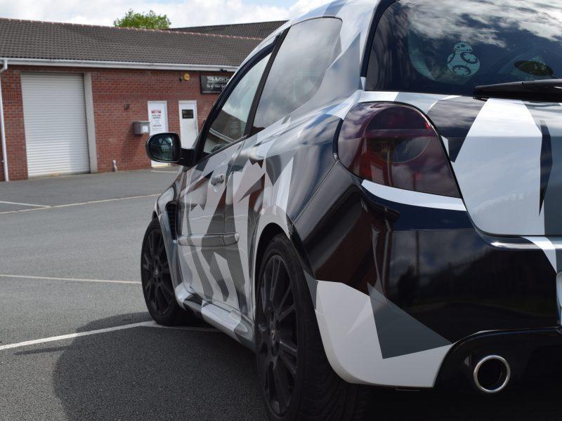 Renault Clio RS – Arctic Camo