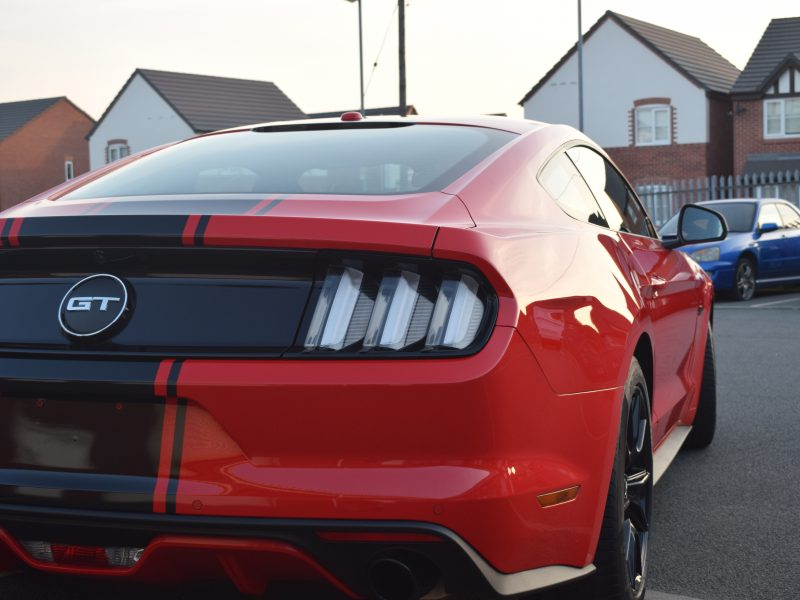 Ford Mustang –  Gloss Black Custom Stripes & Mirrors